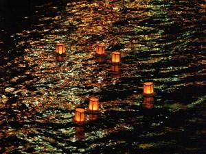 川せがき灯籠流し・1