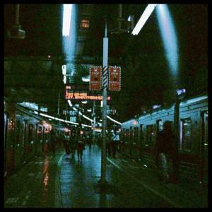東横線渋谷駅にて・1